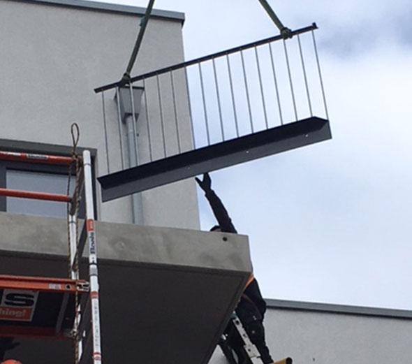 Balkongelaender-Stahlkonstruktion-H+S-Metallbau-GmbH